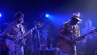 "Widespread Panic and Taj Mahal play ""Early in the Morning Blues"""