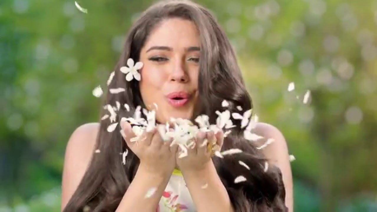 Dabur Amla Jasmine Hair Oil for Colored Hair: Protection ...