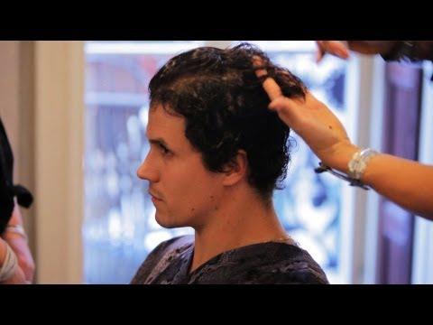 best-haircuts-for-wavy-hair- -men's-grooming