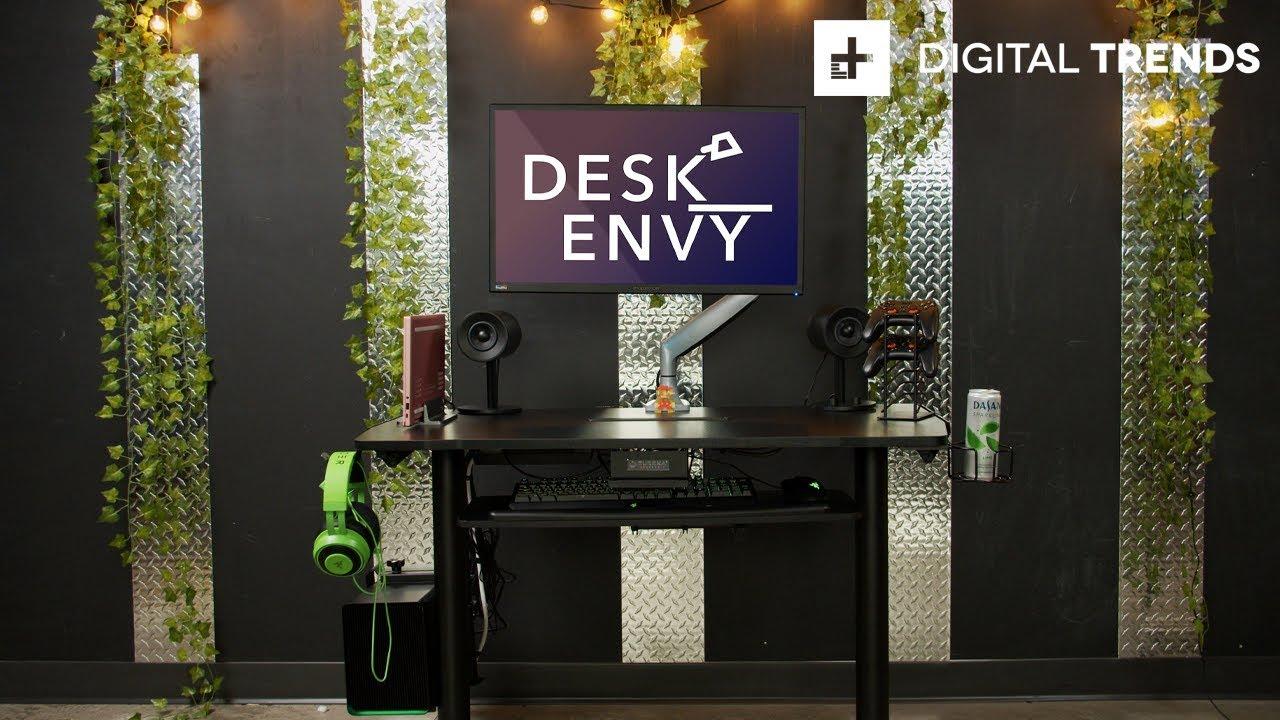 Razer Core X Chroma Clean PC Gaming Setup + Giveaway | Desk Envy