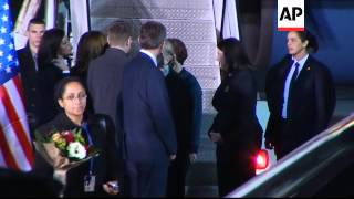 US Sec of State Clinton arrives in Kosovo on latest stage of Balkan tour