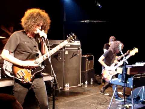 Wolfmother - 10,000 Feet