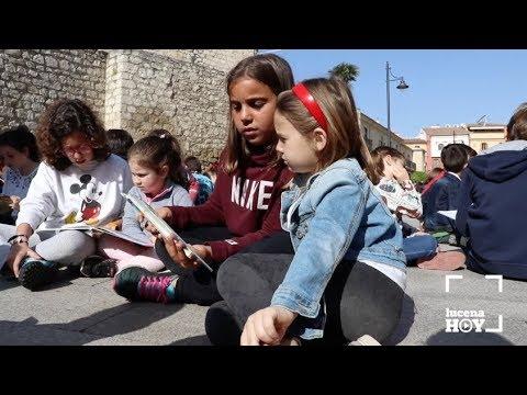 VÍDEO: 700 alumnos del colegio El Carmen toman el centro de la ciudad para leer cuentos