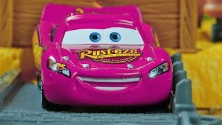Disney Pixar CARS - Story Sets ACTION !