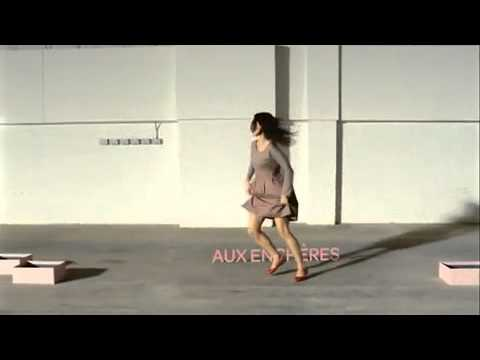 1811f9fba96 Ebay Commercial for shoes (French)