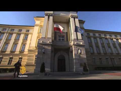 Polish government questions refugee quota after Paris attacks