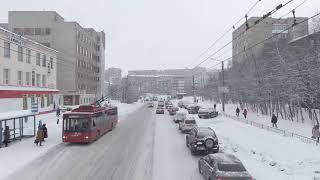 Мурманск Murmansk Перекрёсток проспект Кирова ул Марата Люди спешат домой