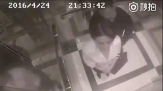 В лифте застал девушку одну,хотел было приставать...Но то что было дальше