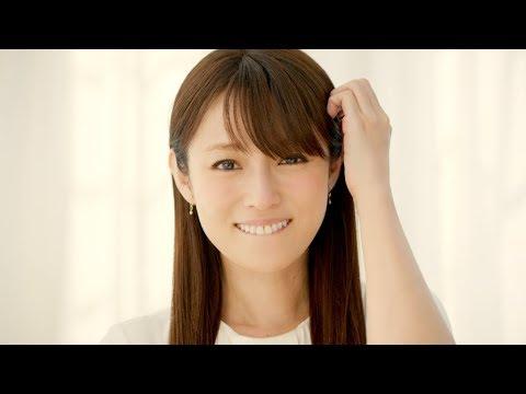 深田恭子、キュートな幼少期の写真を公開