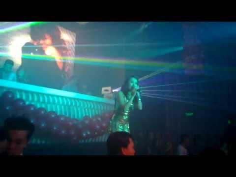 HOANG THUY LINH (live)_ Rung dong \ Bar MTM (MTM club).Bar,vu truong Bien Hoa Dong Nai