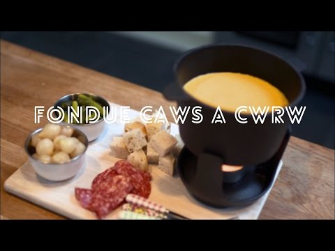 Becws - Fondue Caws A Cwrw / Cheese And Beer Fondue