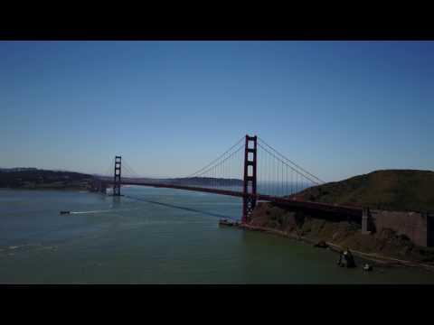 GG Bridge Panning Shot