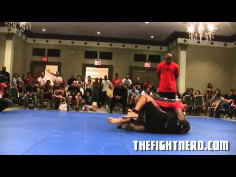 Andre Galvao VS Antonio Neto Part 1 - Ultimate Absolute 2011
