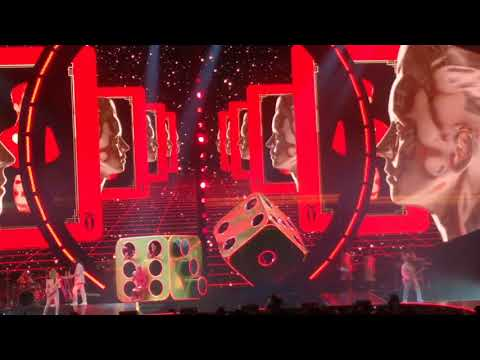 Roulette - Katy Perry, United Center, Chicago IL, 10-24-17