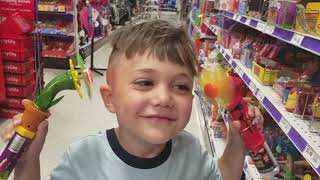 Zack Shopping for his 4th Happy Birthday Party!
