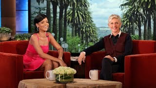 Rihanna Shows Her Awsome Sense Of Humor