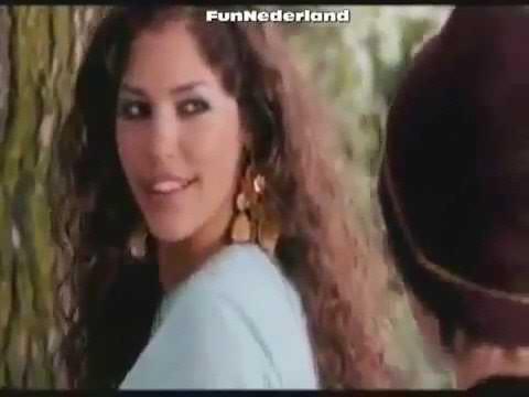Yolanthe Cabau HOT Turkse Chick (2006) scene