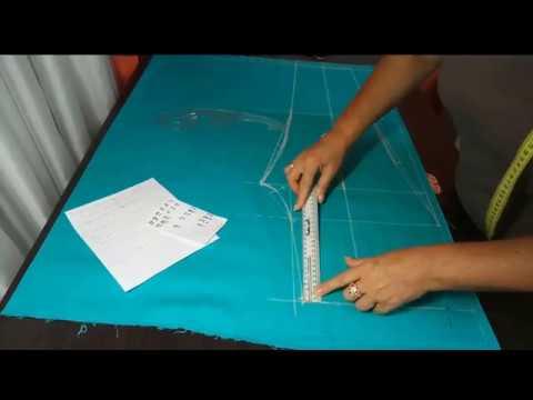 Выкройка женских укороченных брюк. Кроим брюки на ткани