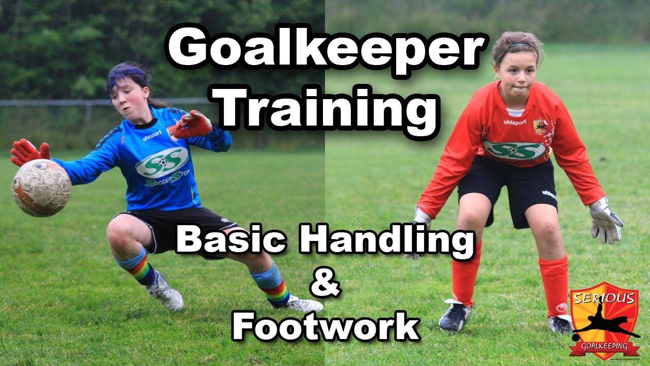 Goalkeeper Training - U10 U12 - SeriousGoalkeeping.net - YouTube bd4a104122
