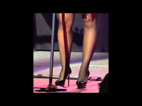Demi Lovato`s Legs and Feet in Tights-NO SHOES
