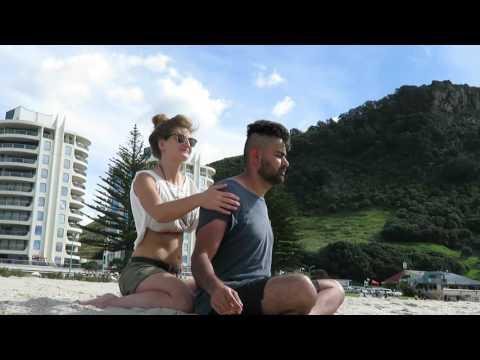 Italy and India meet at Mt Maunganui (part 2) - ASMR Head Massage