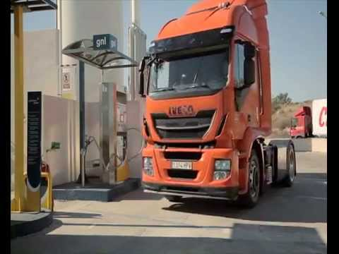 How to safely reload a liquefied natural gas (LNG) freight lorry