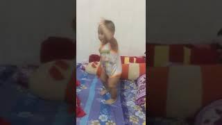 Hot boy nhảy nhạc dance
