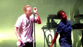 Play Video 'One Republic with Fitz and the Tantrums - Rumou...'