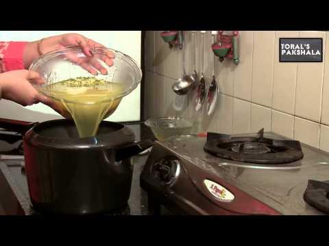 Gujarati Kichadi by Toral Rindani || India Food Network