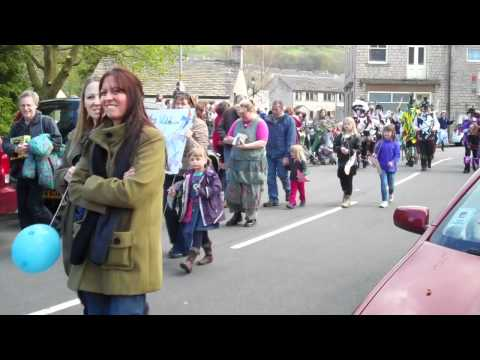 Huddersfield Examiner Video Footage of the Cuckoo Day Parade