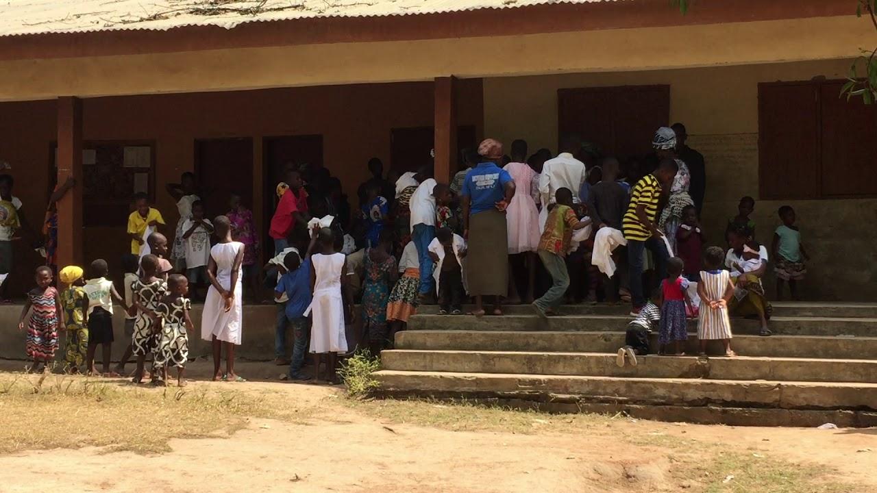 Ghana datiert Betrüger-Fotos