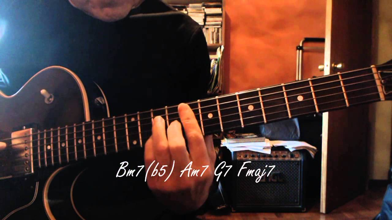 Jazz Guitar - White Christmas - Chord Melody - Chords ...