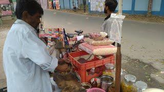 60 Years Old Man Selling Jhal Muri   Too Lazy Person   Mosla Muri   Street Food   Bong Street Food