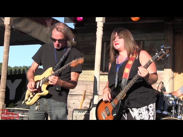 AMANDA FISH • Not Again • Briggs Farm Blues Festival 2018