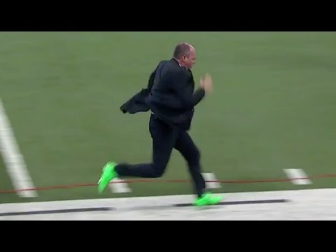 Hot Cheerleader Smokes Rich Eisen In 40 Yard Dash