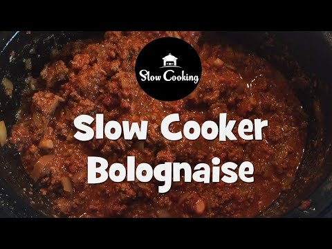 A Very Simple And Delicious Slow Cooker Bolognese