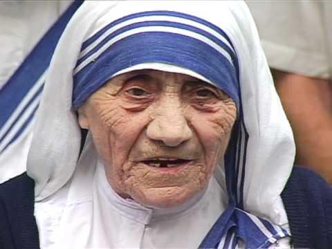 Mother Teresa receives U Thant Peace Award