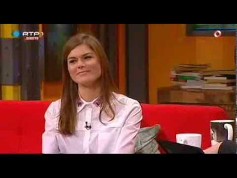 """Sónia Balacó """"Só um momento...""""- Nuno Markl - 5 Para a Meia Noite"""
