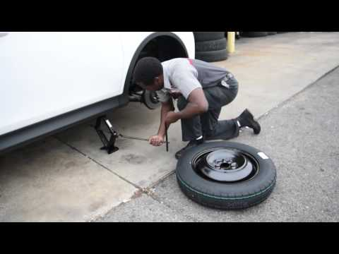 How To Change a Flat Tire with Certified Technician Jimmy Berry