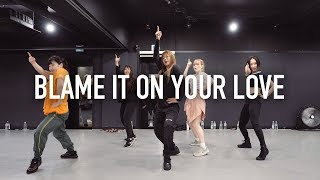 Download Mp3 Blame It On Your Love - Charli Xcx Ft. Lizzo / Beginner's Class