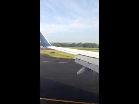 Delta Airlines Landing in San Salvador.