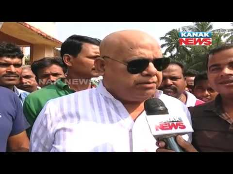 4th Phase Panchayat Poll: BJD Leader Pradeep Maharathy Castes His Vote