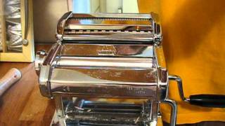 Using the Marcato Atlas pasta machine 150