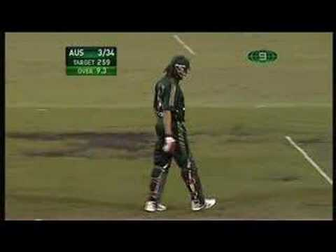 andrew 'roy' symonds smashes a streaker at the cricket FULL VERSION