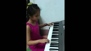 Sông Đa Nuyp - Organ bởi Phương Thúy, 8 tuổi