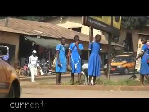 CongDongVip Com Là ngực  hủ tục khiếp sợ đối với các bé gái Cameroon