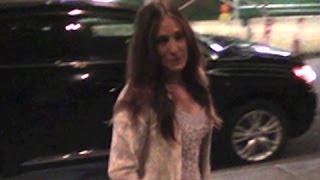 Sarah Jessica Parker Gets All Dressed Up For MOMA