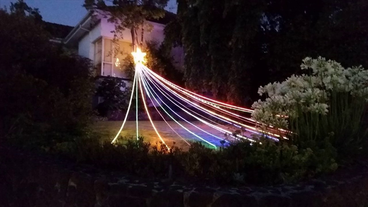 Shooting Icicle Christmas Lights