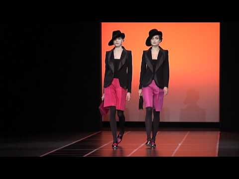 Giorgio Armani – 2012 Fall Winter – Womenswear Collection
