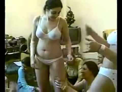 goyang  arab telanjang thumbnail